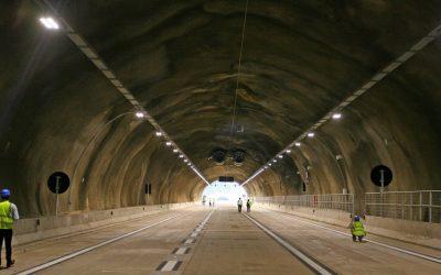 Os quatro túneis da Serra do Cafezal, no Brasil, são abertos ao trânsito